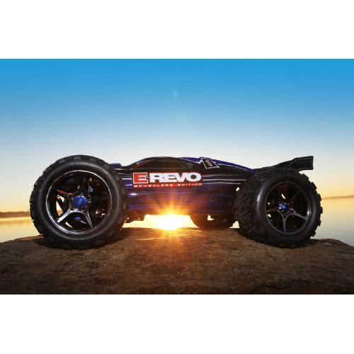 Elektro E-Revo brushless TSM DETRAXXAS560864