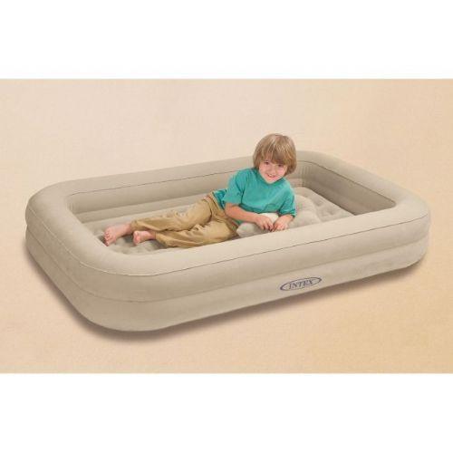 Napihljiva otroška posteljica