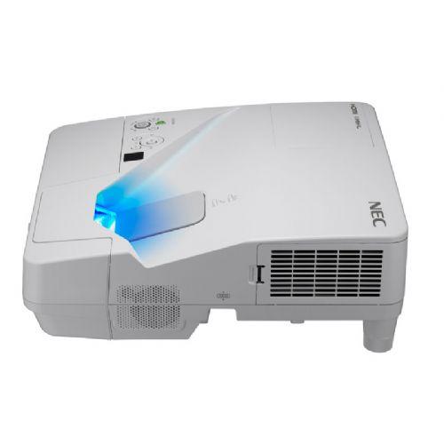 LCD projektor NEC UM361X XGA 3600Ansi 4000:1